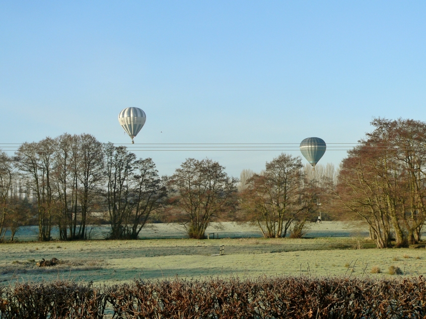 balloons over Willey Green
